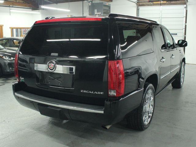 2010 Cadillac Escalade ESV Premium AWD Kensington, Maryland 4