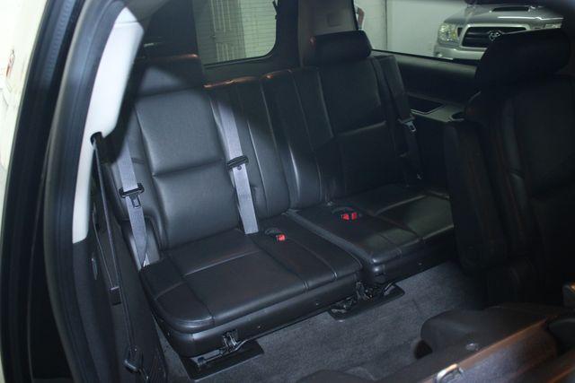 2010 Cadillac Escalade ESV Premium AWD Kensington, Maryland 40