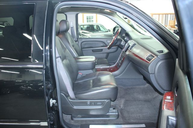 2010 Cadillac Escalade ESV Premium AWD Kensington, Maryland 57