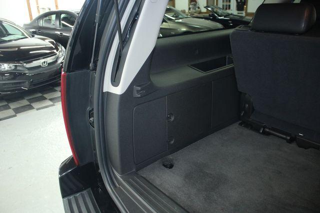2010 Cadillac Escalade ESV Premium AWD Kensington, Maryland 101