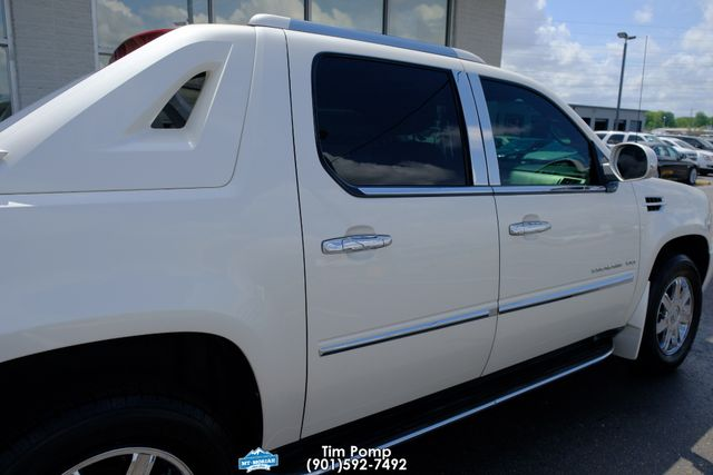 2010 Cadillac Escalade EXT Luxury in Memphis, Tennessee 38115