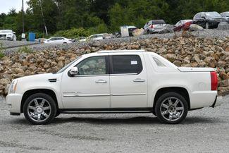 2010 Cadillac Escalade EXT Luxury Naugatuck, Connecticut 1