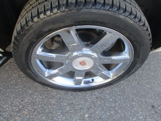 2010 Cadillac Escalade Luxury Farmington, MN 9