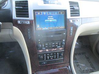 2010 Cadillac Escalade Luxury Farmington, MN 7