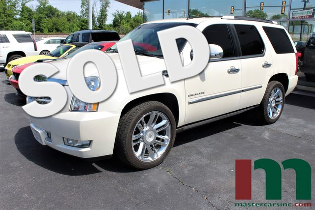 2010 Cadillac Escalade Platinum Edition | Granite City, Illinois | MasterCars Company Inc. in Granite City Illinois