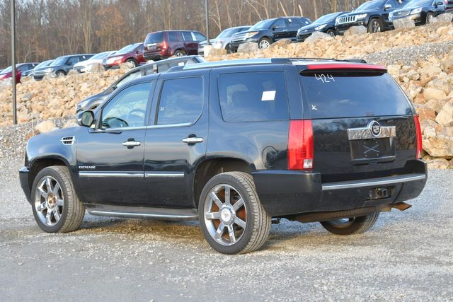 2010 Cadillac Escalade Luxury Naugatuck, Connecticut 2