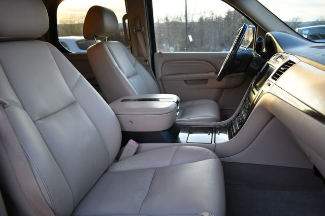 2010 Cadillac Escalade Luxury Naugatuck, Connecticut 9