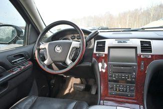 2010 Cadillac Escalade Premium Naugatuck, Connecticut 15