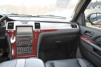2010 Cadillac Escalade Premium Naugatuck, Connecticut 17