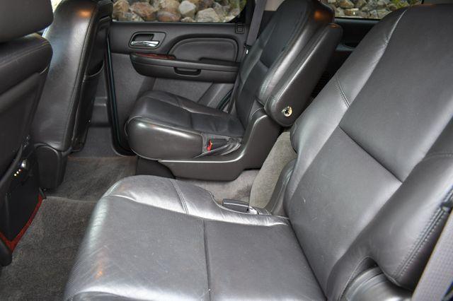 2010 Cadillac Escalade Luxury AWD Naugatuck, Connecticut 17