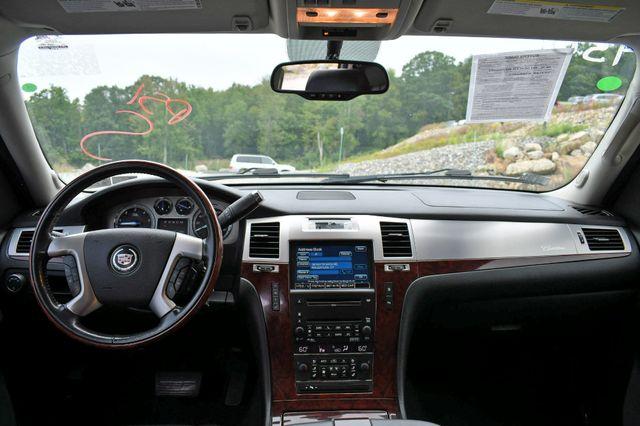 2010 Cadillac Escalade Luxury AWD Naugatuck, Connecticut 20