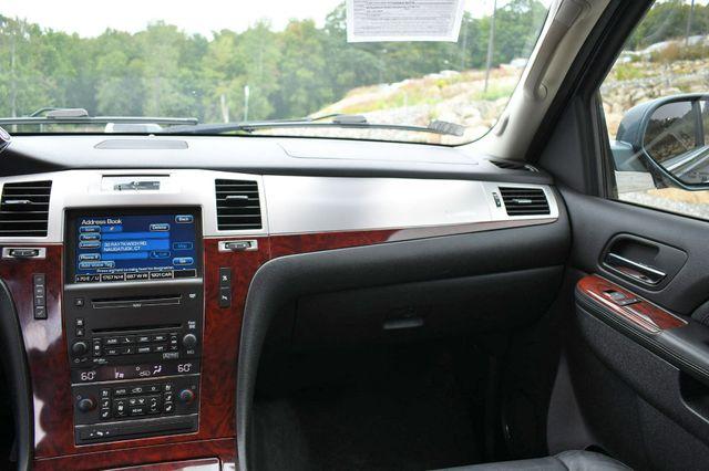 2010 Cadillac Escalade Luxury AWD Naugatuck, Connecticut 21