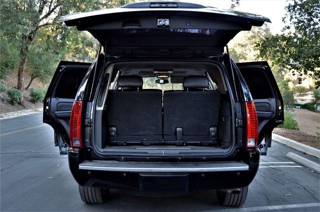 2010 Cadillac Escalade Premium Reseda, CA 19
