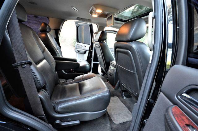 2010 Cadillac Escalade Premium Reseda, CA 21