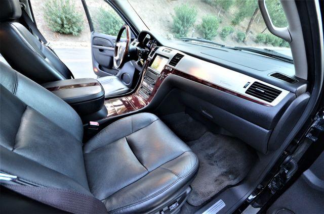 2010 Cadillac Escalade Premium Reseda, CA 26