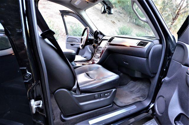 2010 Cadillac Escalade Premium Reseda, CA 27