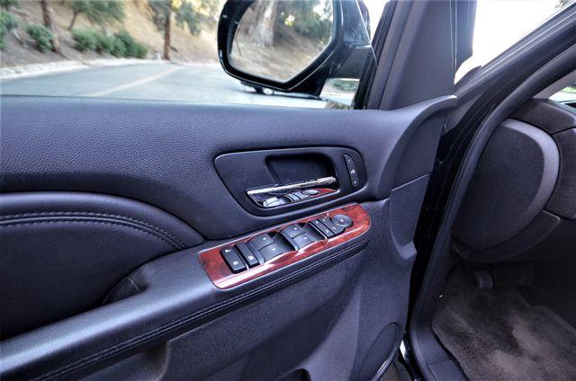 2010 Cadillac Escalade Premium Reseda, CA 29