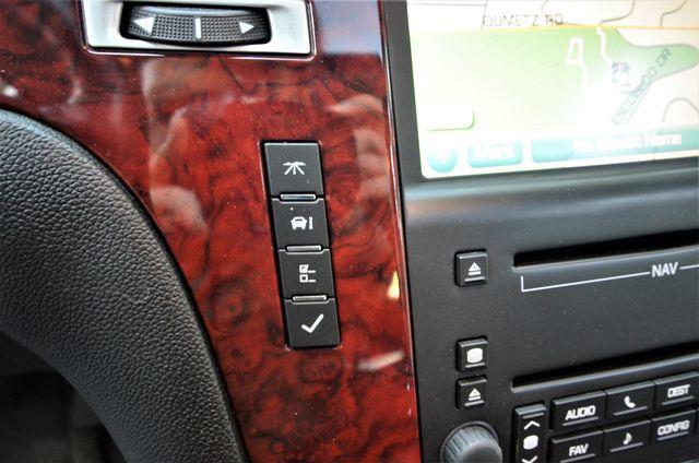 2010 Cadillac Escalade Premium Reseda, CA 32