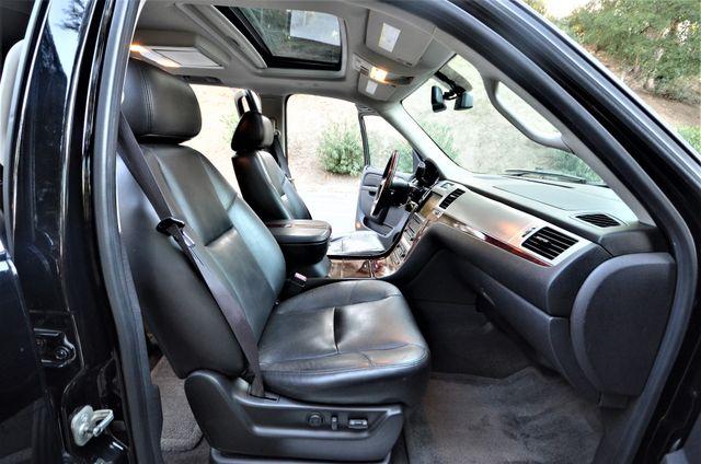 2010 Cadillac Escalade Premium Reseda, CA 35