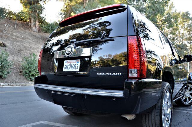 2010 Cadillac Escalade Premium Reseda, CA 16