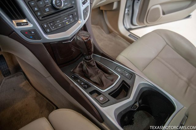 2010 Cadillac SRX Luxury Collection in Addison, Texas 75001