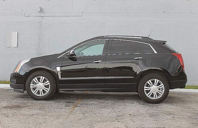 2010 Cadillac SRX Base Hollywood, Florida 9