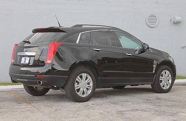 2010 Cadillac SRX Base Hollywood, Florida 4