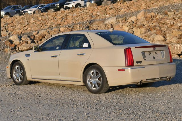 2010 Cadillac STS RWD Naugatuck, Connecticut 2