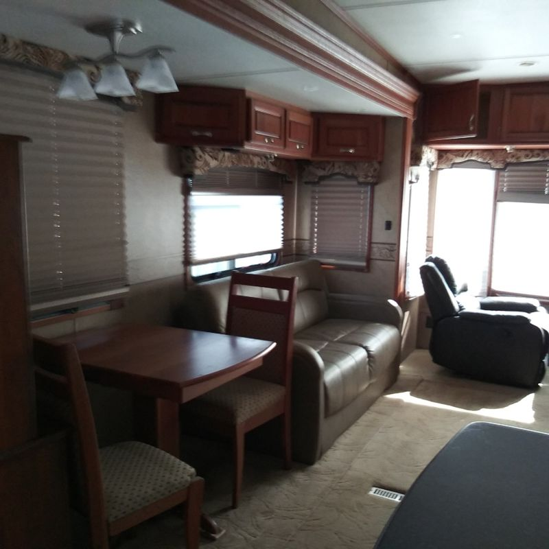 2010 Carriage CAMEO  36FWS  city FL  Manatee RV  in Palmetto, FL