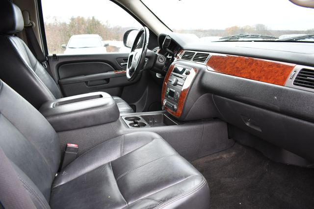 2010 Chevrolet Avalanche LT Naugatuck, Connecticut 8