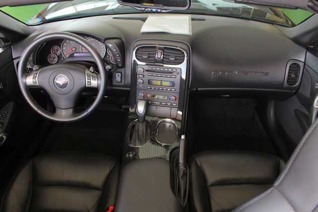 2010 Chevrolet Corvette w/2LT - PERFORMANCE EXHAUST - CHROME WHEELS! Mooresville , NC 26