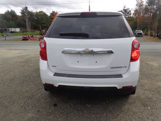 2010 Chevrolet Equinox LS Hoosick Falls, New York 3