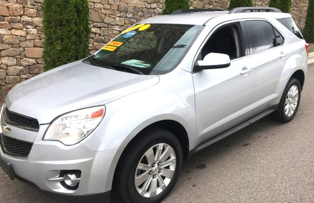 2010 Chevrolet Equinox LT Knoxville, Tennessee 3