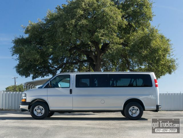 2010 Chevrolet Express Passenger LT 6.0L V8 in San Antonio, Texas 78217