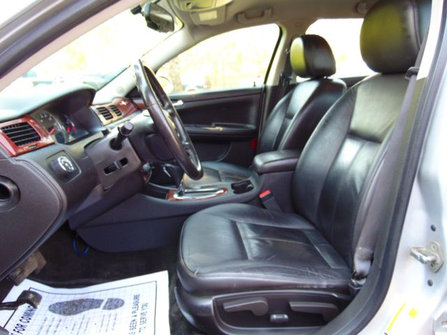 2010 Chevrolet Impala LT Alexandria, Minnesota 6