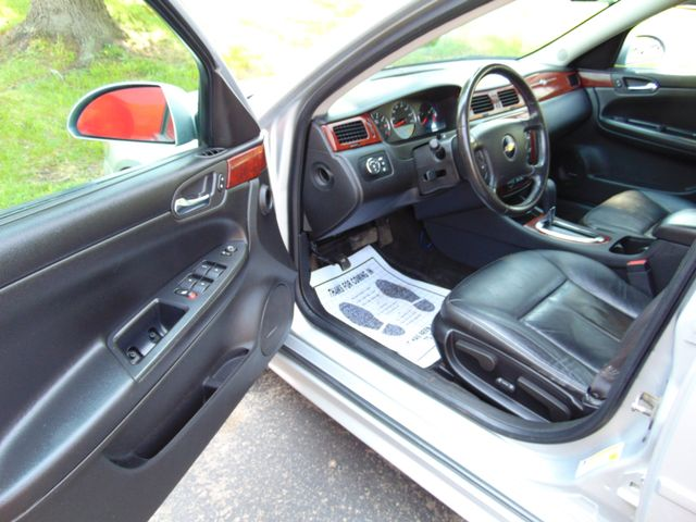 2010 Chevrolet Impala LT Alexandria, Minnesota 10