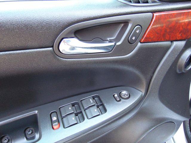 2010 Chevrolet Impala LT Alexandria, Minnesota 11