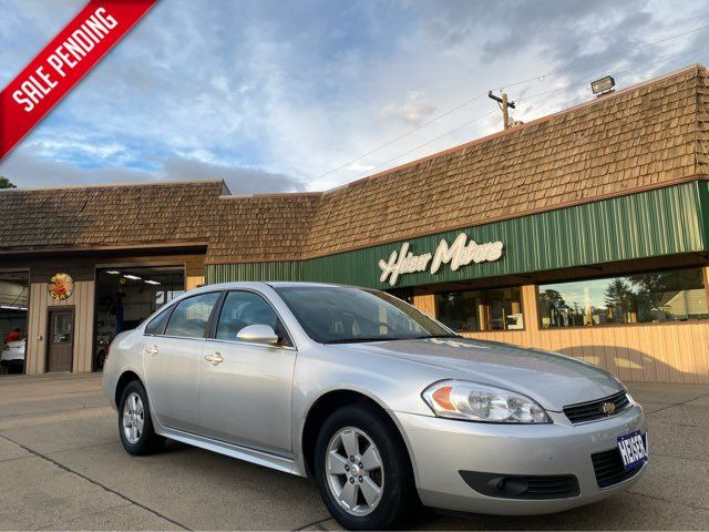 2010 Chevrolet Impala LT ONLY 64,000 Miles in Dickinson, ND 58601