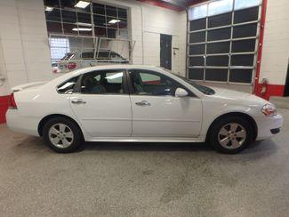 2010 Chevrolet Impala Ltz HEATED LEATHER, MOONROOF, VERY CLEAN Saint Louis Park, MN 1