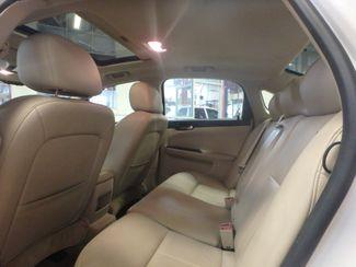 2010 Chevrolet Impala Ltz HEATED LEATHER, MOONROOF, VERY CLEAN Saint Louis Park, MN 4