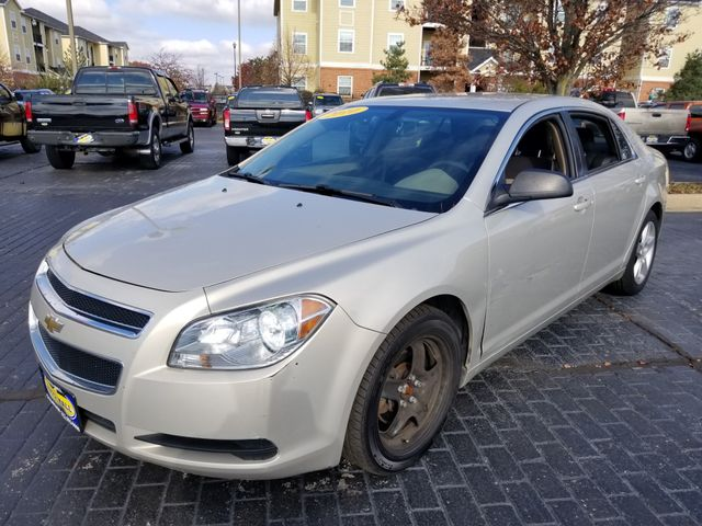 2010 Chevrolet Malibu LS w/1LS | Champaign, Illinois | The Auto Mall of Champaign in Champaign Illinois