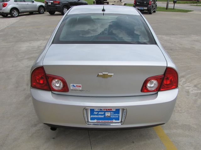 2010 Chevrolet Malibu LT w/2LT in Medina, OHIO 44256