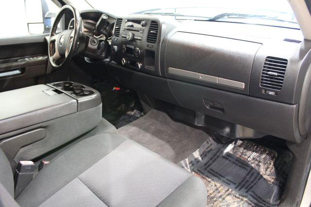2010 Chevrolet Silverado 1500 4x4 LT in Roscoe, IL 61073