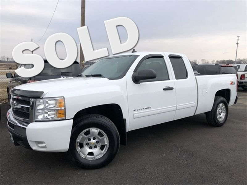 2010 Chevrolet Silverado 1500 LT 4x4 Z71 Extended Cab Clean Carfax We Finance | Canton, Ohio | Ohio Auto Warehouse LLC in Canton Ohio