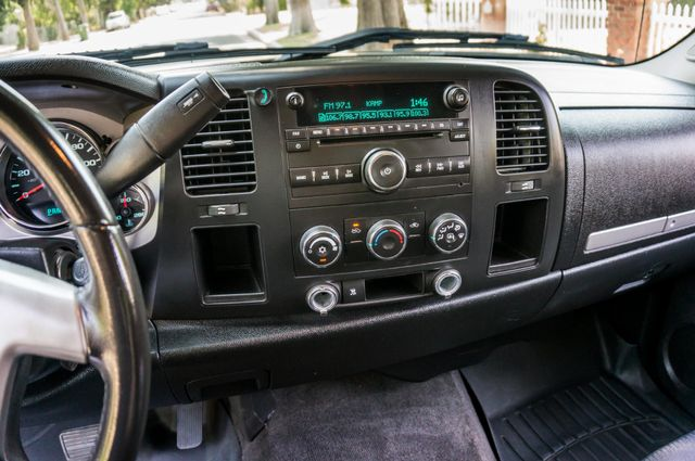 2010 Chevrolet Silverado 1500 LT Reseda, CA 26