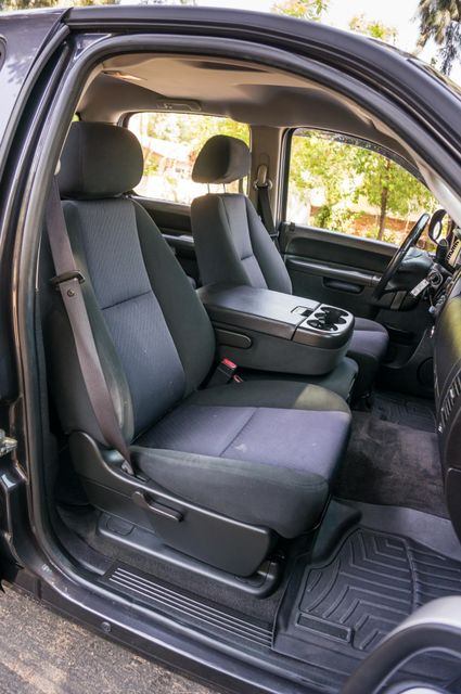 2010 Chevrolet Silverado 1500 LT Reseda, CA 29