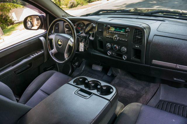 2010 Chevrolet Silverado 1500 LT Reseda, CA 32