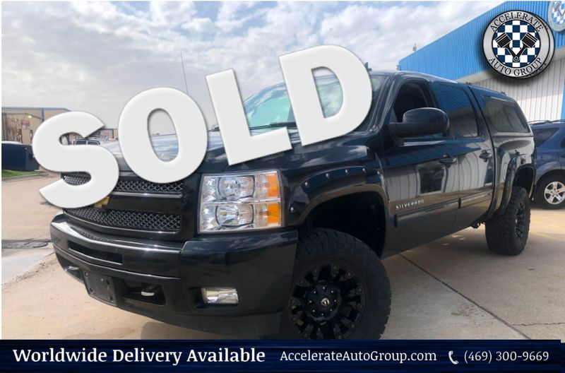 2010 Chevrolet Silverado 1500 LTZ 4X4 Z71 LEATHER 1 OWNER UPGRADED WHLS/TIRES  in Rowlett Texas