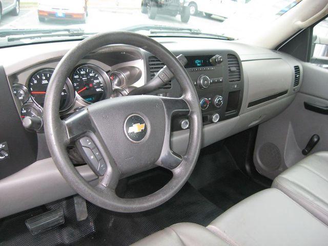 2010 Chevrolet Silverado 2500HD Work Truck Richmond, Virginia 8