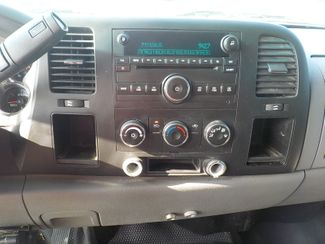 2010 Chevrolet Silverado 3500HD SRW Work Truck Fayetteville , Arkansas 16